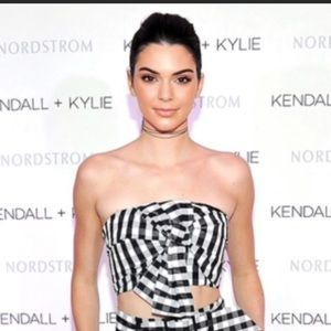 Kendall & Kylie black white gingham bow crop top